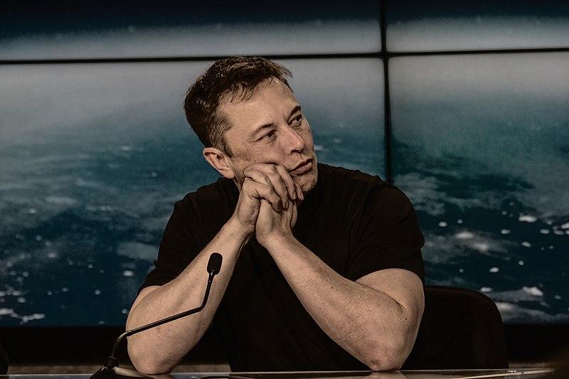 Vous pouvez maintenant payer Elon Musk en Bitcoin