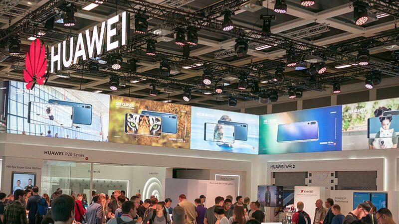 Le dernier smartphone de  Huawei intègre le yuan numérique.